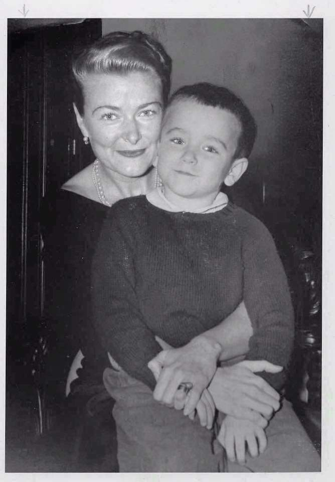 6 year-old Robin Williams with his mother, Laurie, 1957